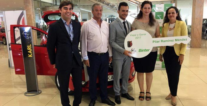 Entregado el Opel Karl del concurso 'Viajar y Ganar 2017' organizado por Binter y Cicar
