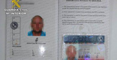 Detienen a 4 personas por la falsificación de permisos de conducir