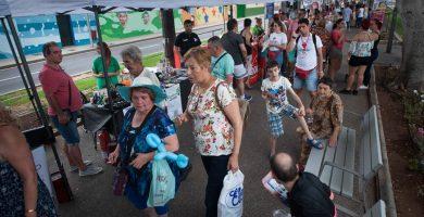 El Día del Vecino en Ofra confirma el gran músculo asociativo y comercial de la capital