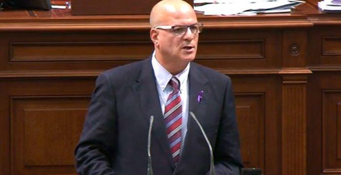 Pitti afirma que Rodríguez Fraga incumple su compromiso en el pacto por Tenerife