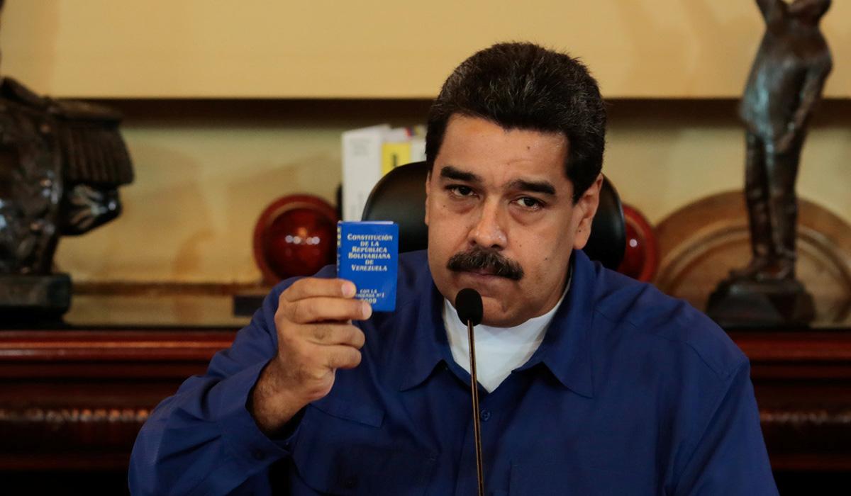 NICOLÁS MADURO CONSTITUCIÓN VENEZUELA