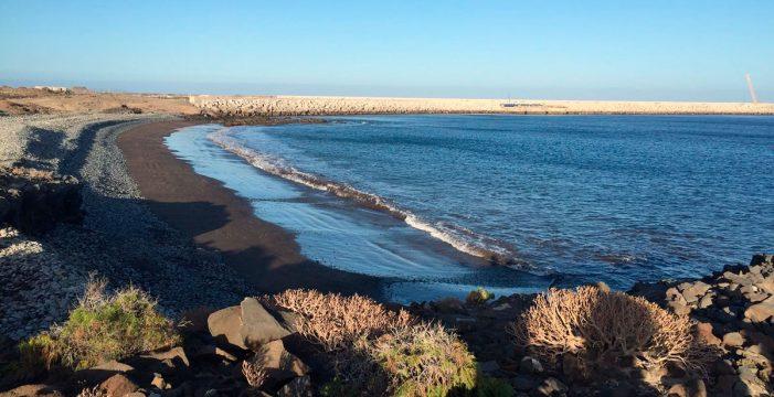 Surgen nuevas playas al socaire del puerto industrial de Granadilla