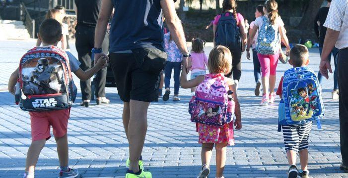 140 plazas en dos guarderías públicas para 7.000 niños de cero a 4 años en Santa Cruz