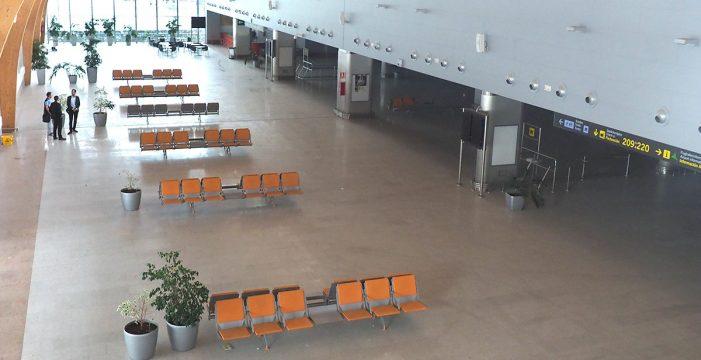 """Los hoteleros tachan de """"parche"""" los planes de AENA para Tenerife Sur"""