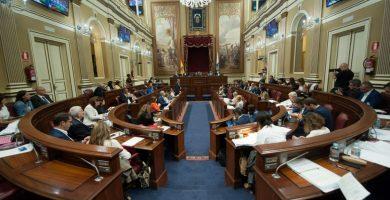 Parlamento canario aprueba la nueva Ley del Suelo con el respaldo de CC, PP y ASG