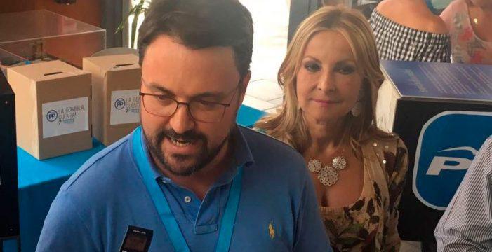 """Antona a CC: """"Que aprendan de Rajoy, que busca todos los días el consenso"""""""