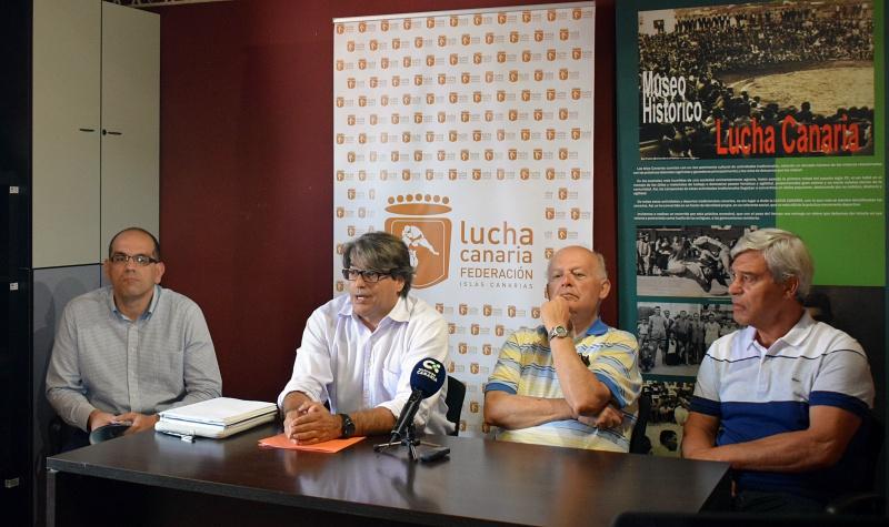 Federacion de Lucha Canaria Juan Ramon Marcelino Eligio Hernandez Lazaro Illada y Jose Trujillo Barranquera