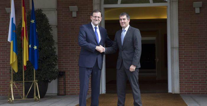 Fernando Clavijo pide al PP un pacto de estabilidad y Rajoy le da largas