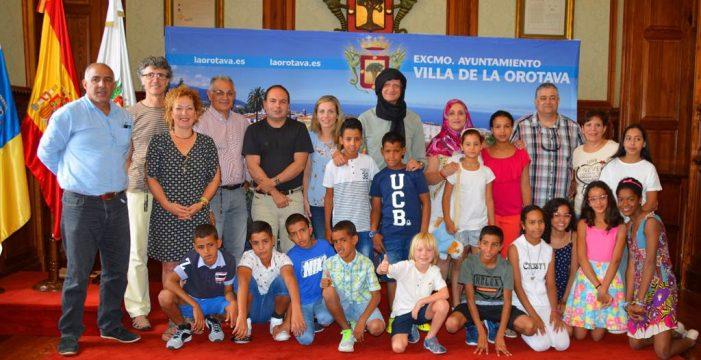 Los talleres lúdicos y el servicio de comedor gratuito de verano acogen a 68 niños