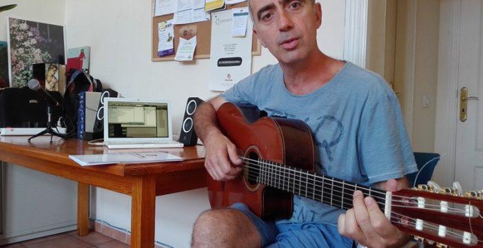 Andrés Molina vuelve a componer