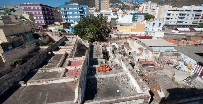 Urbanismo da dos meses para que se arreglen 55 casas en El Toscal bajo amenaza de multa