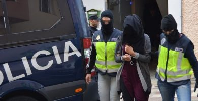 Momento de la detención de Soukaina Aboudrar en Pájara (Fuerteventura) en diciembre de 2015. EUROPA PRESS
