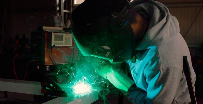 La producción industrial creció en noviembre un 4,5% en Canarias