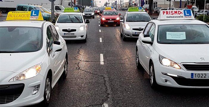 Los examinadores de tráfico prolongan la huelga