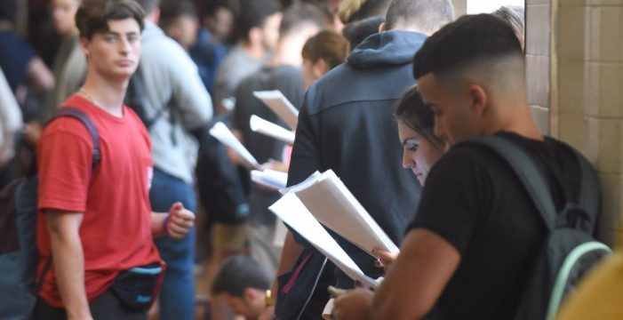 Casi mil estudiantes tinerfeños se presentan a la EBAU este julio