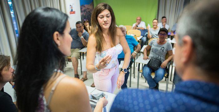Adjudicados los 11 autobares de Las Teresitas tras un tenso sorteo