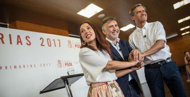 Patricia Hernández, Ángel Víctor Torres y Juan Fernando López Aguilar, en el único debate organizado por la gestora en las primarias. Andrés Gutiérrez