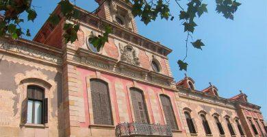 La Guardia Civil entra en el Parlament y la Generalitat por el caso 3%