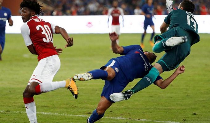 Pedro Rodríguez, hospitalizado por una conmoción durante el amistoso entre Chelsea y Arsenal