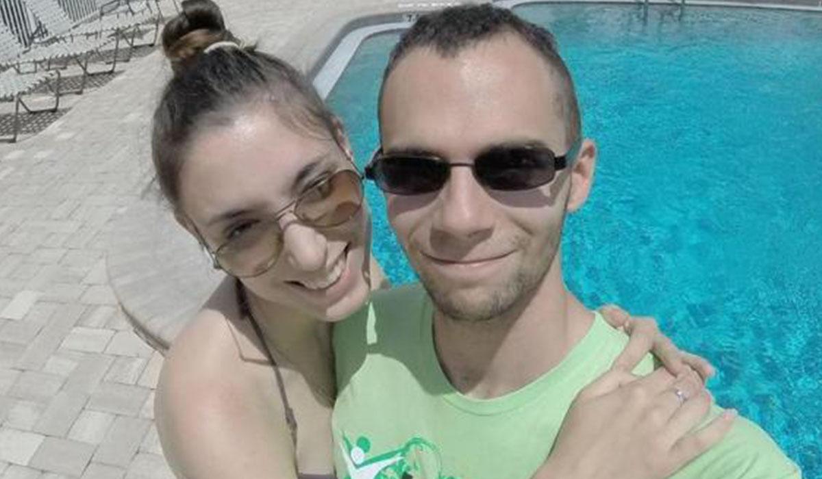 Vitantonio Capotorto junto a su mujer. Facebook