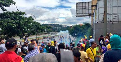 La oposición sale a las calles de Venezuela en defensa de los nuevos jueces del TS