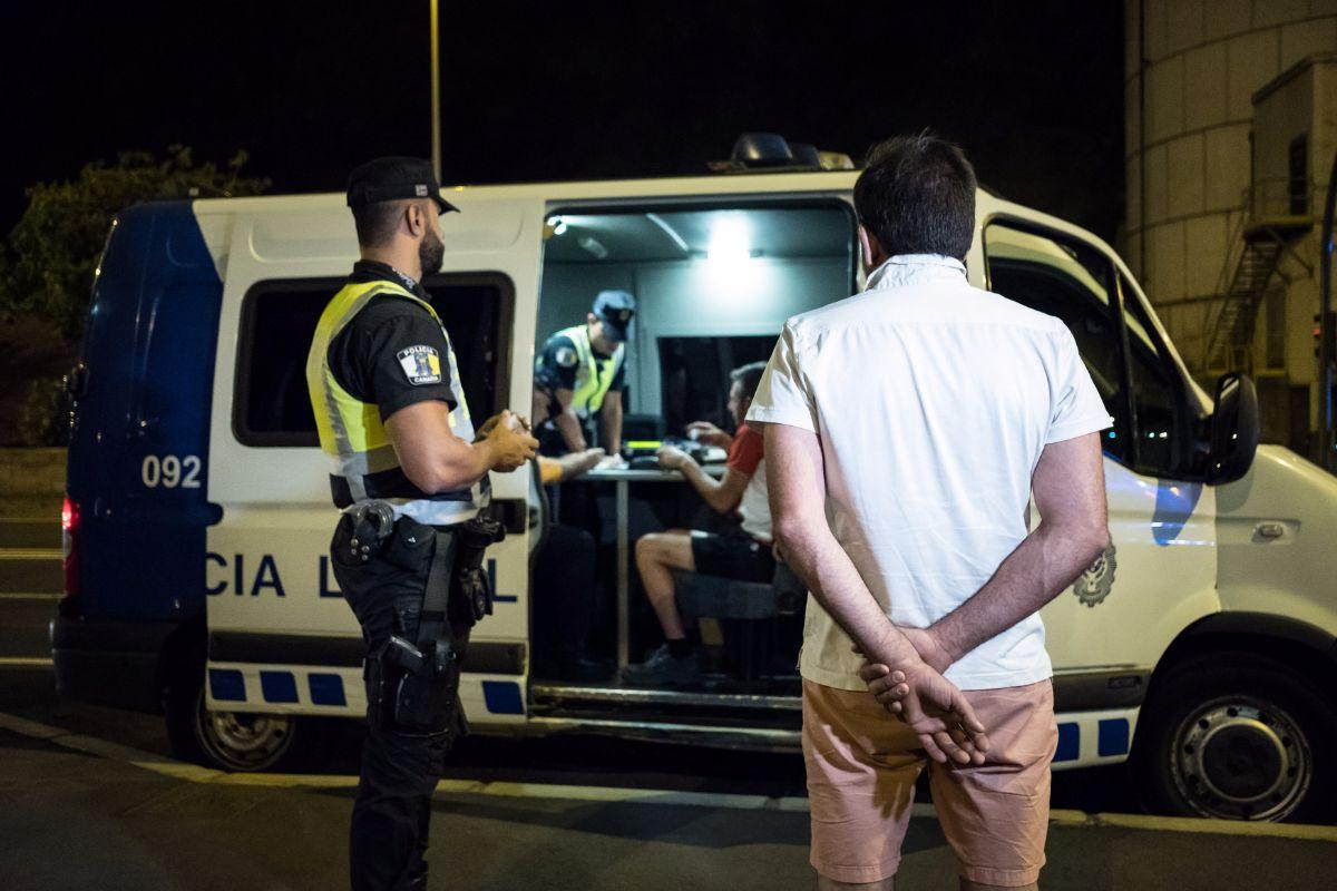 El operativo especial de la Policía se llevó a cabo en la autovía de San Andrés, a la altura de María Jiménez. Andrés Gutiérrez