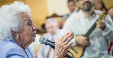 María Mérida, artista herreña de 92 años, leyó el pregón de las fiestas de la Patrona de Canarias en el Ayuntamiento de Candelaria   Andrés Gutiérrez