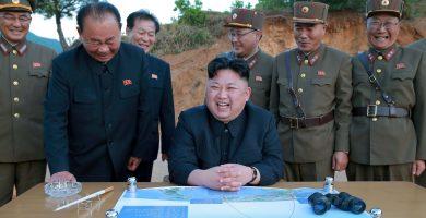 """Pyongyang estudia atacar la isla de Guam en respuesta al """"fuego e ira"""" de Trump"""