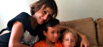 Juana Rivas denuncia a su expareja por maltrato a uno de sus hijos y permanece con ellos en Italia