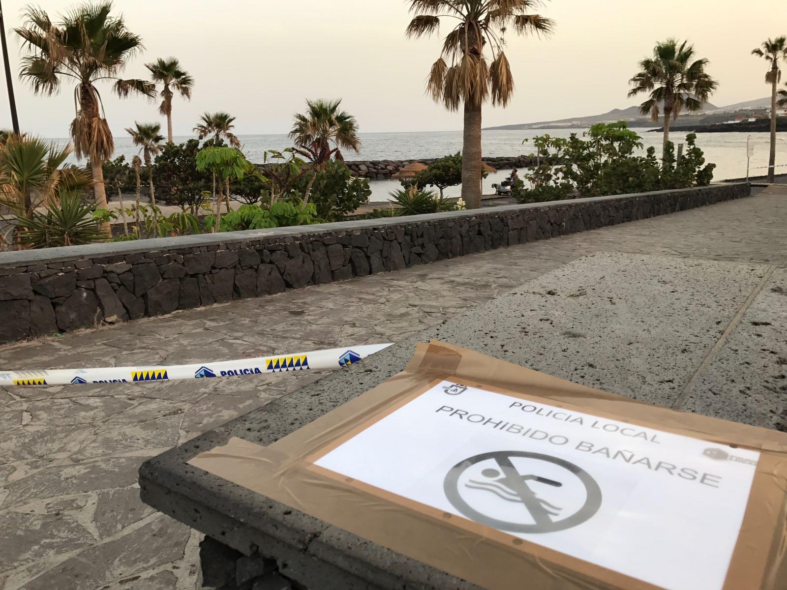 Candelaria cierra al baño la playa de Punta Larga | DA