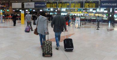 Canarias pide billetes más baratos a la península, sin reducir vuelos