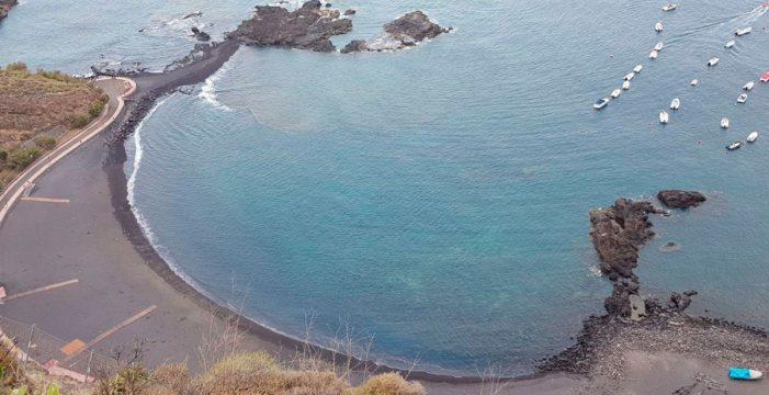 Muere una mujer tras ser rescatada en la costa de Tacoronte