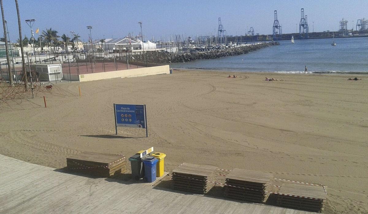 Playa de Alcaravaneras en Las Palmas de Gran Canaria. EUROPA PRESS