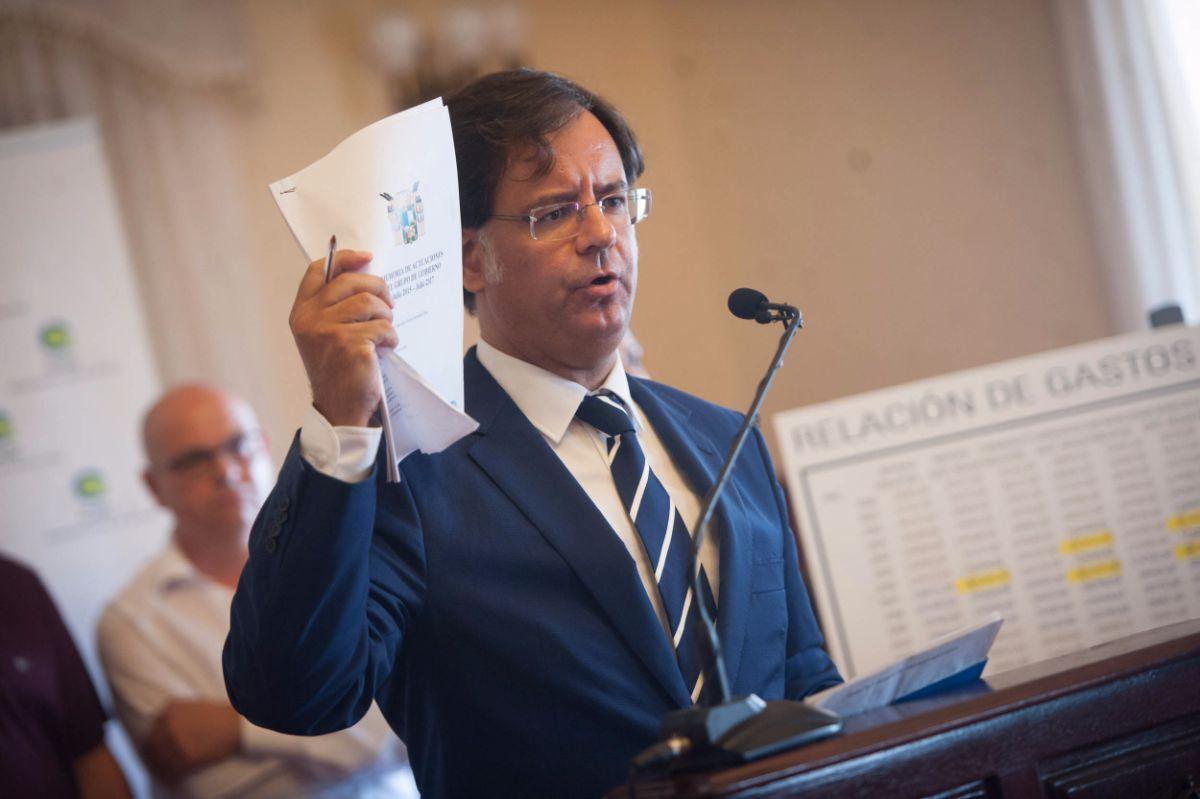 Francisco González, el alcalde e Icod durante la rueda de prensa | Fran Pallero