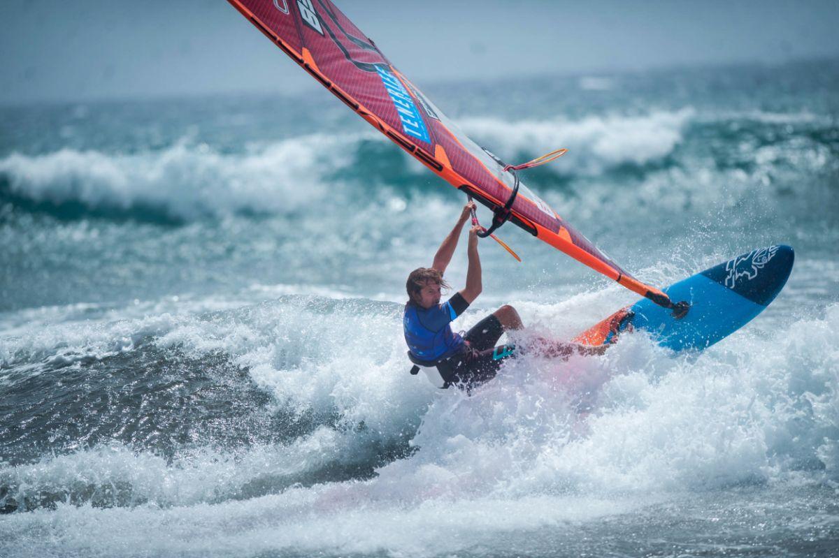 Momentos durante la Copa Mundial de Windsurf de la PWA en El Médano, en Tenerife   Fran Pallero