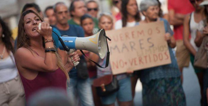 Las microalgas acorralan al Gobierno de Canarias