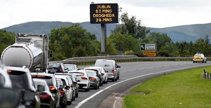 Reino Unido defiende una frontera sin barreras entre Irlanda del Norte e Irlanda tras el Brexit