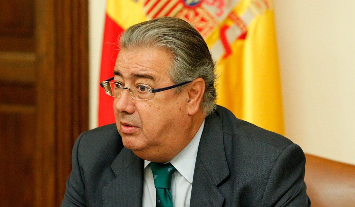 La fiscal a pedir la detenci n contra puigdemont si viaja for Zoido ministro del interior