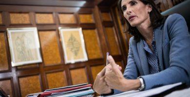 María Teresa Lorenzo, durante una entrevista con este diario en su despacho de consejera del Gobierno autonómico. Andrés Gutiérrez