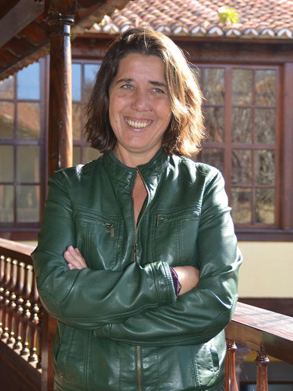 La viceconsejera Blanca Pérez, el consejero del Cabildo José Antonio Valbuena y el subdelegado del Gobierno central, Guillermo Díaz Guerra. DA / S. M. / F. P.