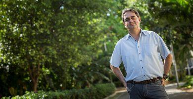Pedro Fernández Arcila, portavoz del grupo municipal de Sí se puede en Santa Cruz. Andrés Gutiérrez