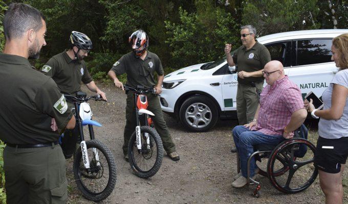 Bicis eléctricas para patrullar los senderos del macizo de Anaga