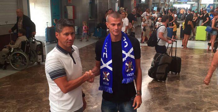 Samuele Longo, nuevo refuerzo blanquiazul, ya está en Tenerife