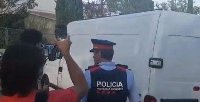 La Guardia Civil incauta urnas y papeletas para el referéndum