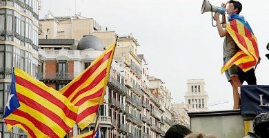 Los estudiantes se manifiestan a favor del referéndum | El Español