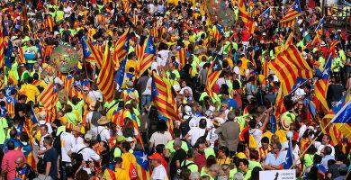 La Diada moviliza a menos catalanes que otros años con el 1-O a las puertas