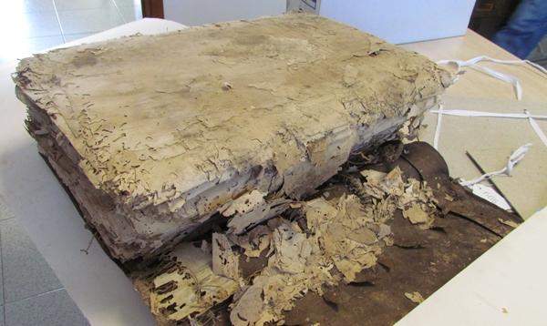Convenio para restaurar un libro del siglo XVI, clave en la historia insular