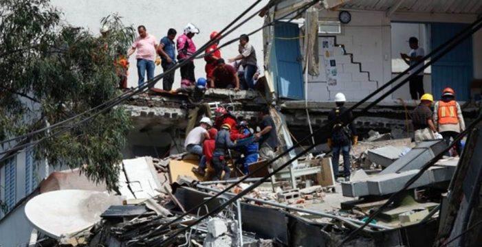 Las autoridades elevan a 248 los muertos a causa del terremoto en México