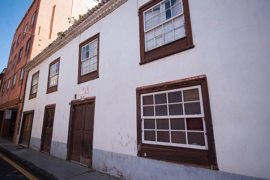 Un proyecto de un mill n de euros para reformar una casa como sede del museo sacro - Trabajo desde casa tenerife ...