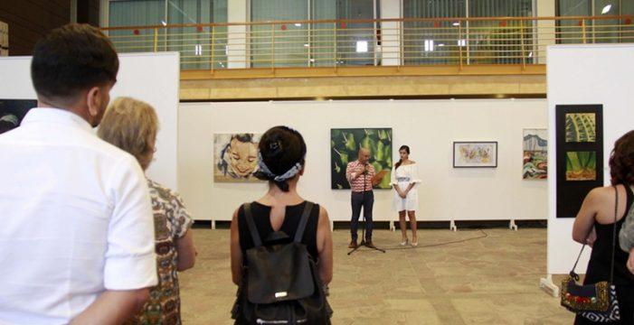 La artista Fani Cano se alza con el premio Arte Isora 2017